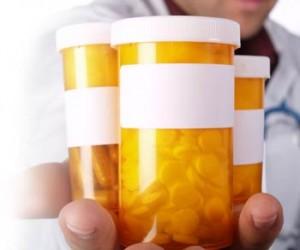 plain pill bottles for brand name versus generic
